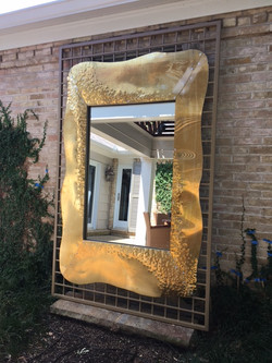 HAMMERED BRASS MIRROR ANGLE