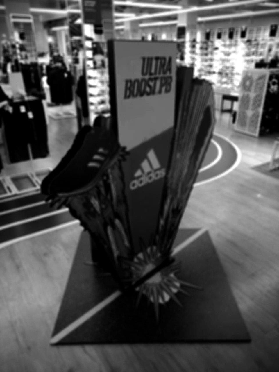 Adidas%20Ultra%20Booster_edited.jpg