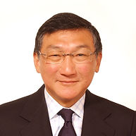 Francis Chen Headshot.jpg