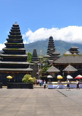 Besakih, The Mother Temple.jpg