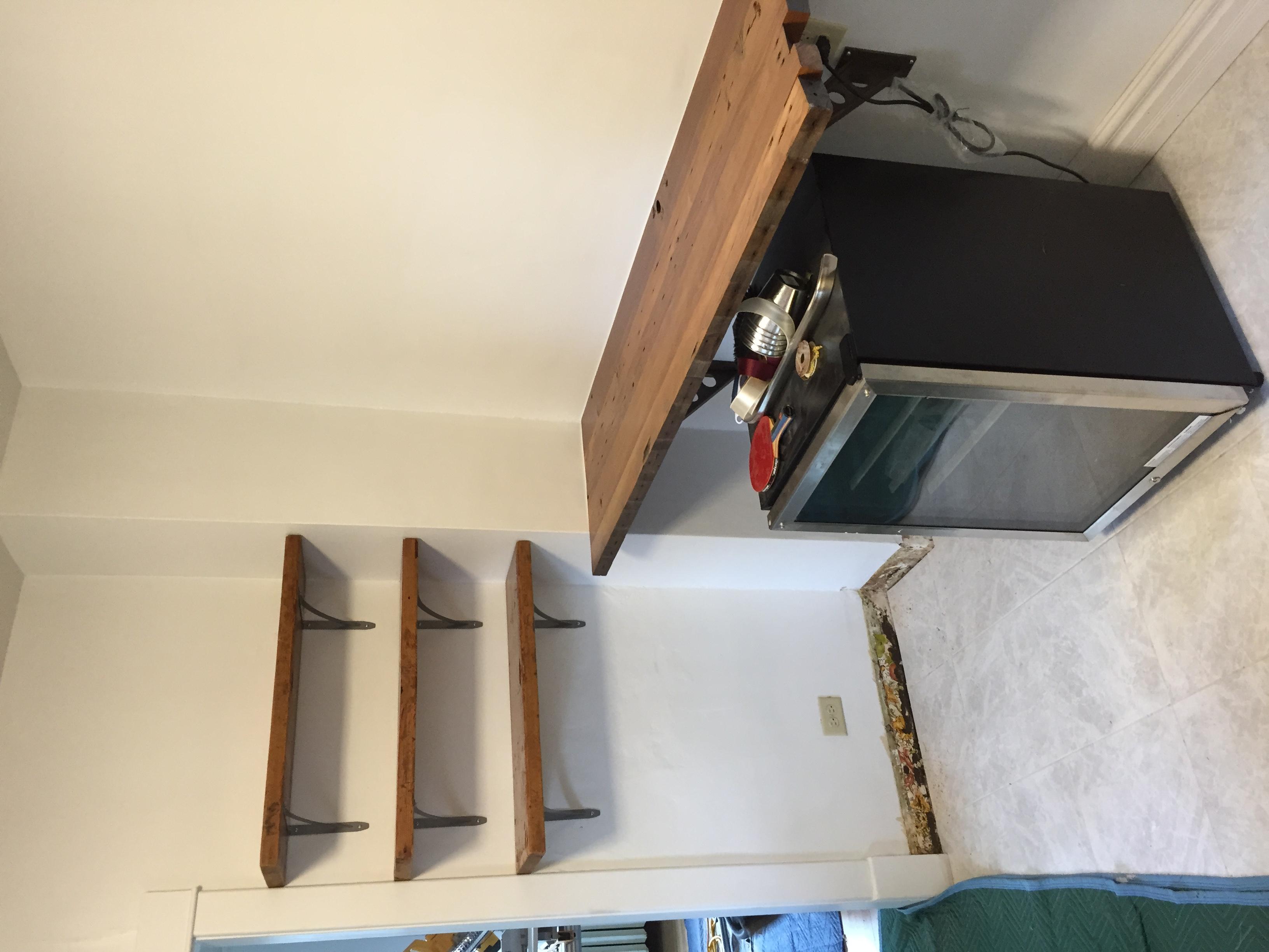 4 Reclaimed Wood Install Fargo Kemmco.JPG