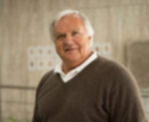 Dr. Hellmuth Reichel