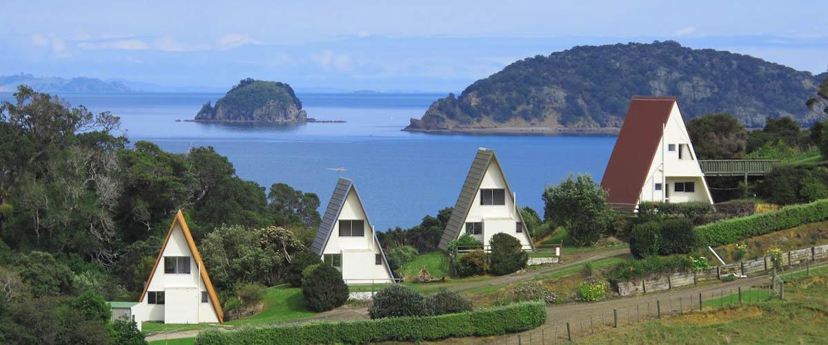 Pohutukawa Coastal Chalets