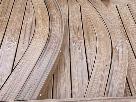Trex Custom Curve The Bespoke art of deck building