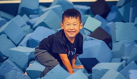 FUN FRIDAY! 🎉 _Jump into the foam pit f