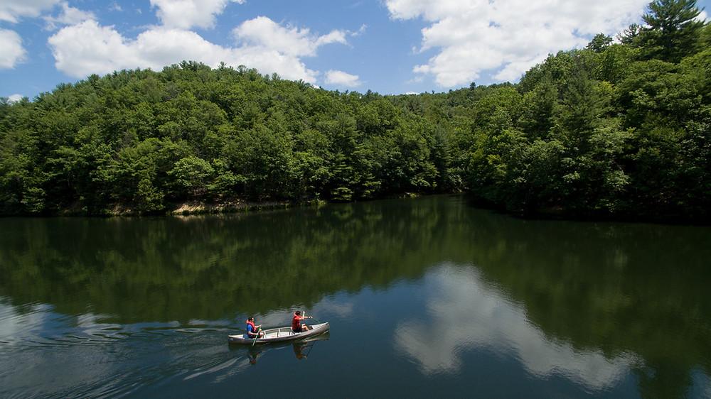 People in a canoe on Bluestone Lake
