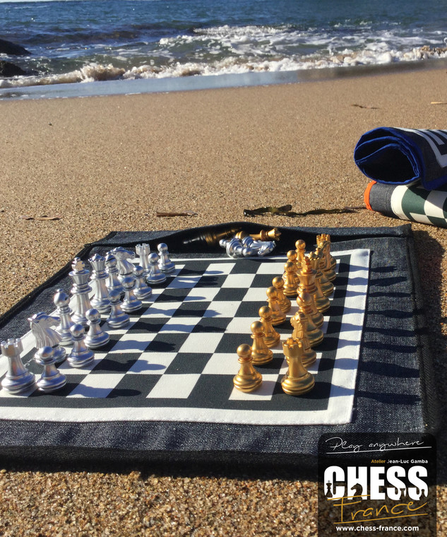 Chess board   CHESS France