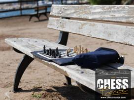 Jeu d'échecs  | CHESS France  | Banc en bois