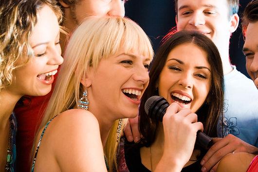 Interactive singing event entertainment