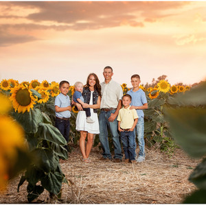 Rupple Family     Colorado Sunflower Photography Session