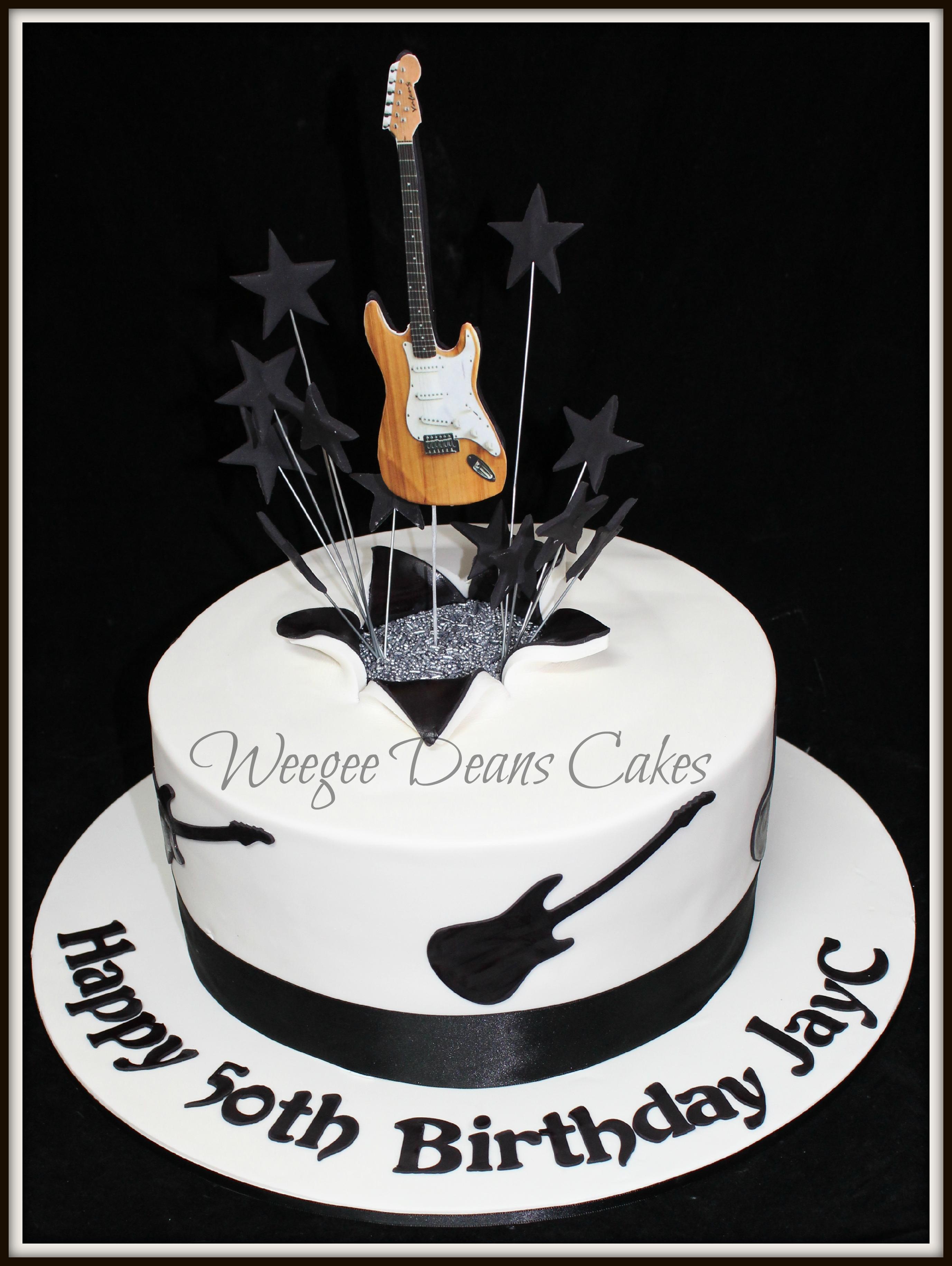 Pleasing Male Birthday Cakes Personalised Birthday Cards Akebfashionlily Jamesorg