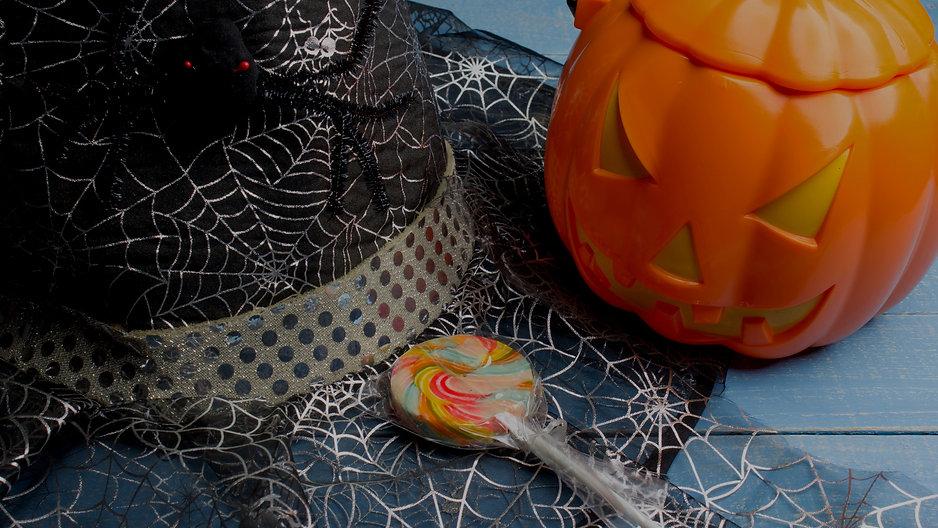 Halloween%2520Hat%2520and%2520Decor_edit