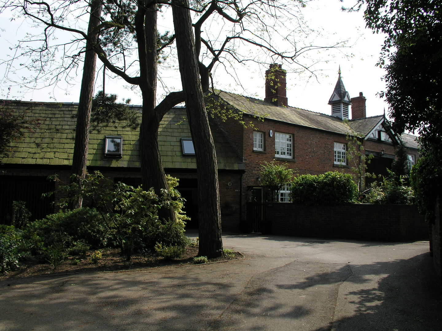 Grade II listed stables buildings and groomsmen's cottages.