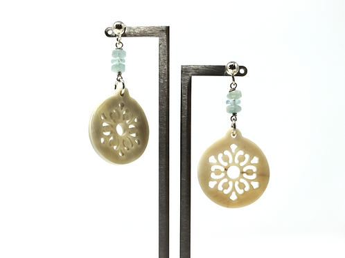 Horn Earrings (Beige-Aquamarine)