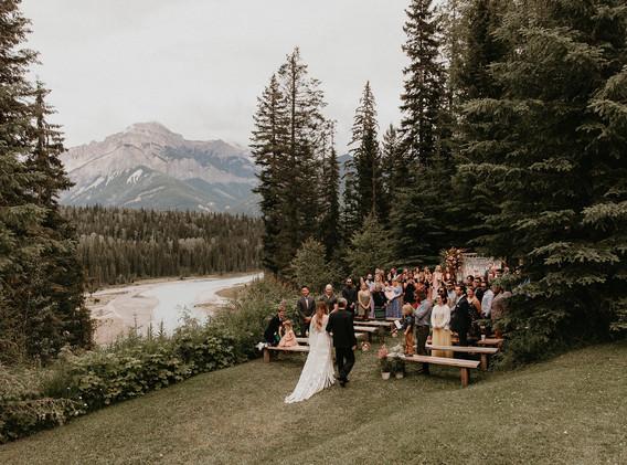 Ceremony at Hillside Lodge.jpg