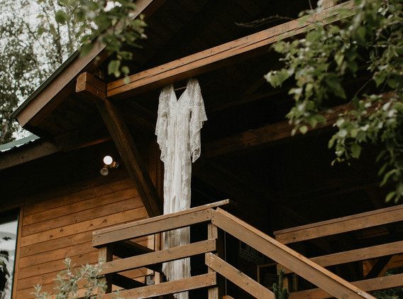 Wedding Dress at Hillside Lodge.jpg