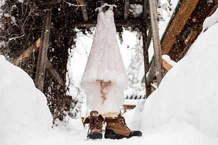 Winter Elopements.jpg