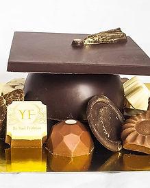 מתנה כובע בוגר משוקולד