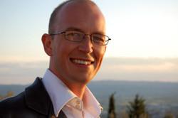 Dr Gordon Nick
