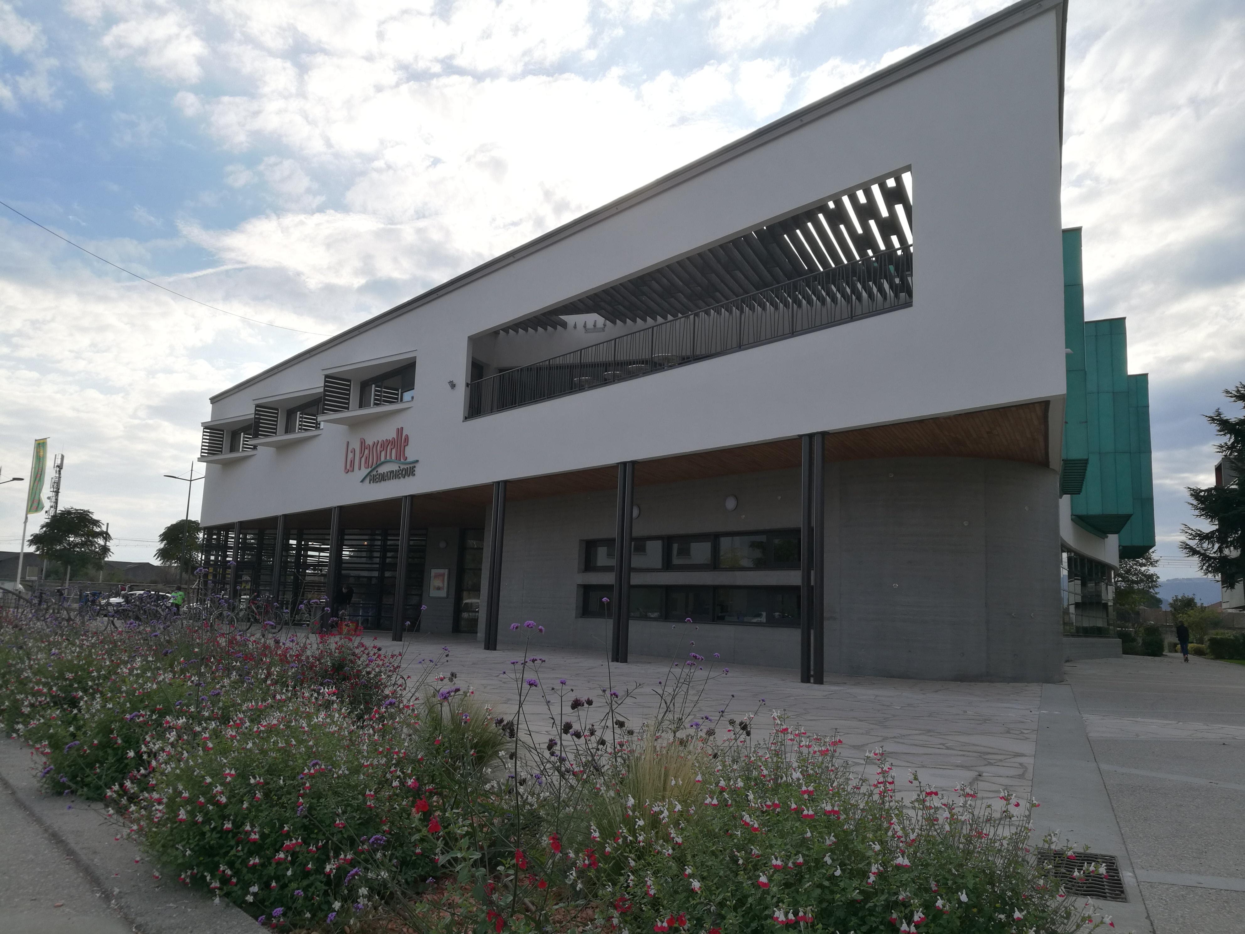 Médiathèque Bourg les Valence