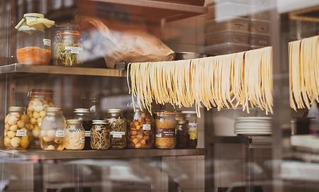 Hangging Pasta