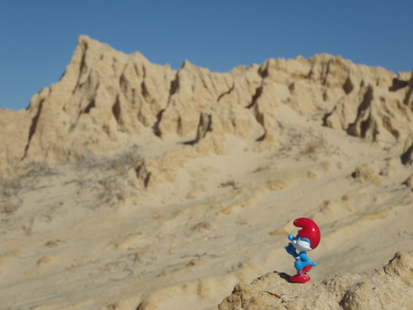 The Adventures of Papa Smurf - Scientist At Large