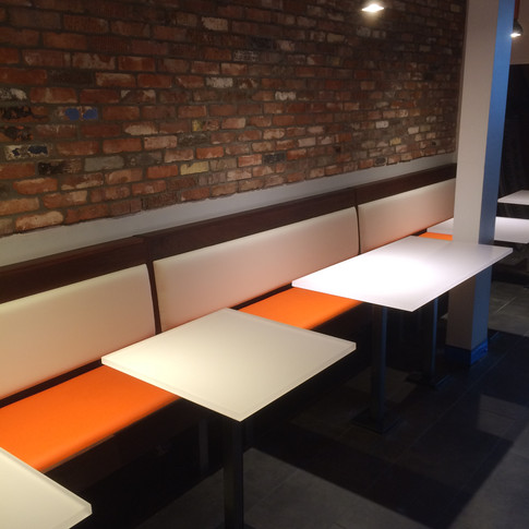 Lineal Banquette