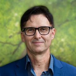 Paul Schott