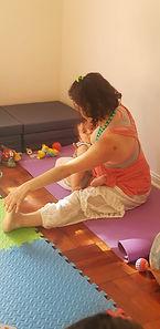 yoga mama y bebe.jpg