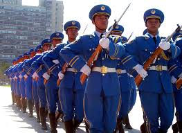 WEBSITE CHINESE DRESS TROOPS ON PARADE.j