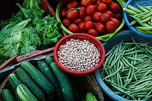 assorted-vegetables-on-plastic-trays-295