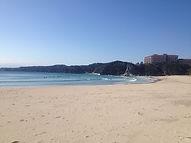 多々戸浜は、ビジターも多く比較的はいりやすい海です。向かって右側はショート。左側はロング。といった暗黙のルールがあります。ルールを守らないとローカルサーファーに怒られたりしますので注意して!