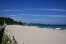 毎年、ビッグシャワーイベントが開催されるのが吉佐美大浜です。先日CMの撮影もやっていました。浦島太郎がいましたよ。
