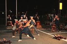 白浜に伝わる伝統芸能「白浜太鼓」結婚式や成人式などのお祝いにも駆けつけます。