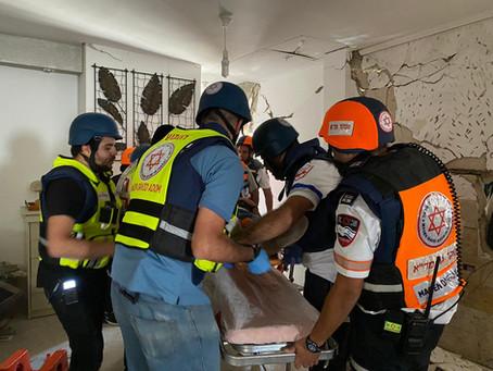 MDA: missili e pietre non fermano le ambulanze