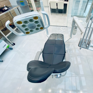 ADEC Continental Dental Chair.png