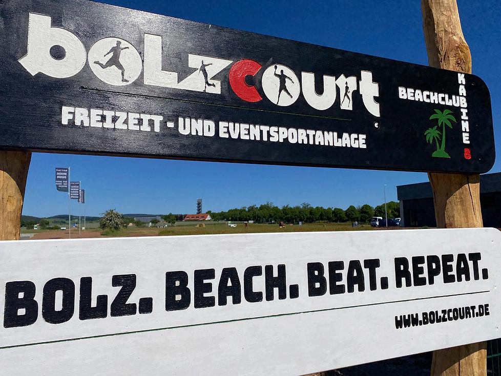 bolzcourt%20Schild_edited.png