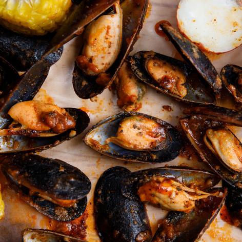 Black Mussels Boils