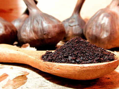 Skin anti-inflammatory properties of black garlic