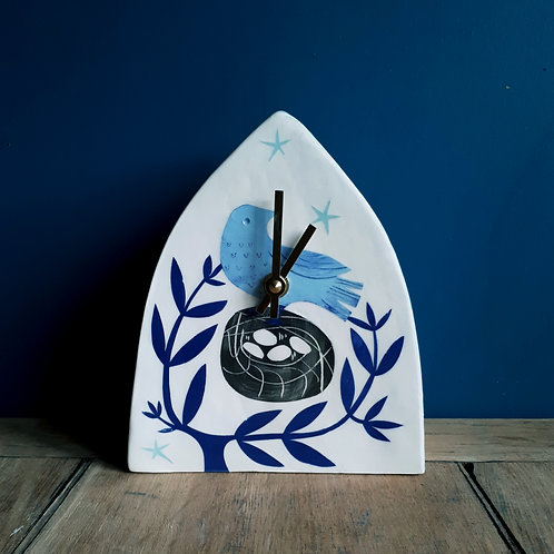 Love Is In The Air, bluebird and trees clock