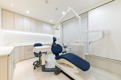 診療室-2.jpg