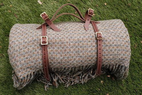 Picnic Blanket Saddle Straps in Brown Leather