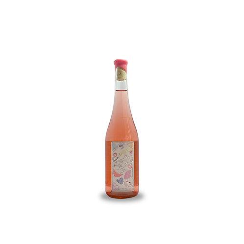 dulce patria vino rosado glossing wine