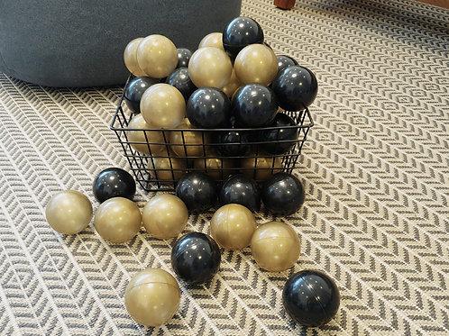 כדורים שחור זהב 50 יח' בסל- למכירה