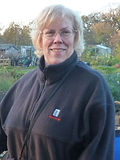 Elin in allotment copy_edited.jpg