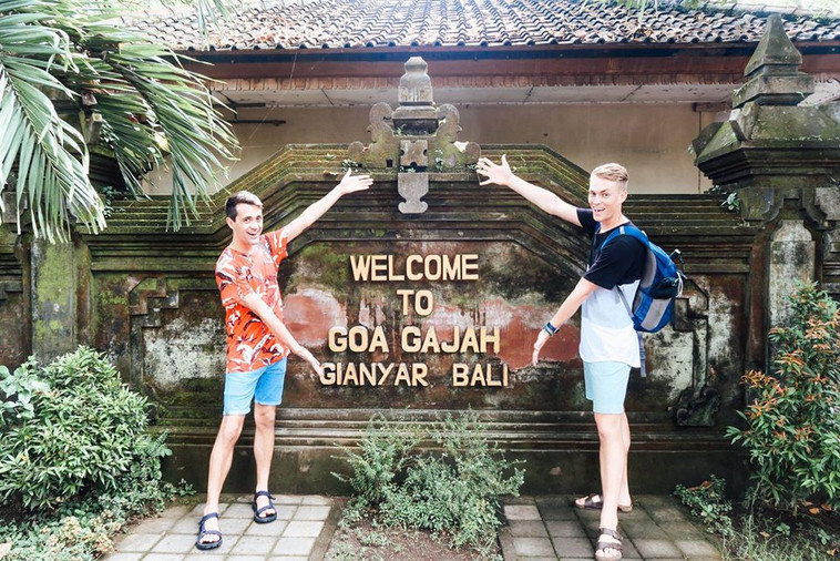 Will & James visit Goa Gajah