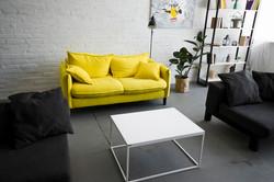 interior-stylish-living-room_23-21478623