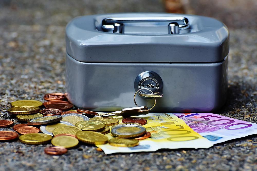 Geldkassette, Sparanlage, Altersvorsorge