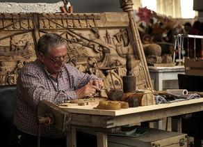 Jede zweite Rente unter 900 Euro - Schon 1,45 Millionen Rentner haben einen Job
