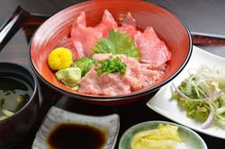 鮨寿 まぐろ丼定食